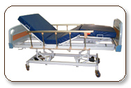 Metal body motorized beds to change a position of sleep of hospitalised patients for their cure treatment.